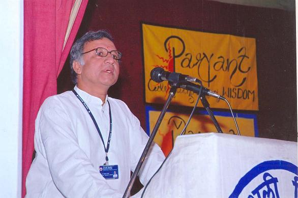 Prof. Siddarth Shastri, Dean WISDOM, speaking at the Inaugaral Function of 'Paryant' (2007)
