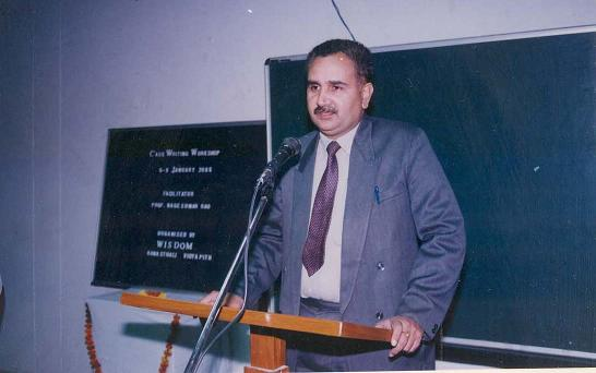 Prof. Nageshwar Rao Facilitating the participants of the CASE Writing Workshop (2005)